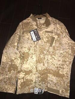 Camouflage uniform set