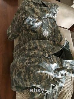 Cold Weather Parka Universal Camouflage Set Size Medium Regular top M/S Pants
