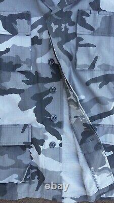 Men's M/L Black & Gray Camouflage Coat & Pants Uniform Set with Ripstop fabric