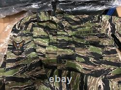 Replica U. S South Vietnam Army Tiger Stripe JWD Camouflage Uniform Set
