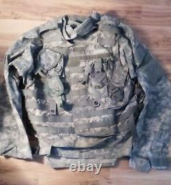 US Army UCP Camouflage Set of Tunic, Bulletproof Vest, Canteen/Cartridge Holder