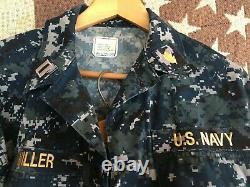 U. S. Navy Lieutenant Digital Pattern Camouflage Uniform Complete 2-pc Set! SMALL