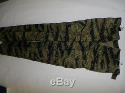 VNT3sz RVN Vietnam Tiger Stripe Camouflage Uniform Set button small 40J 31T U1B