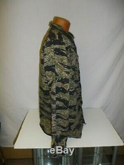 VNT5Lz RVN Vietnam Tiger Stripe Camouflage Uniform Set zipper large 48J 36T W2E