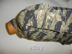 VNT6sb RVN Vietnam Tiger Stripe Camouflage Uniform Set button S 42J 30T W13E