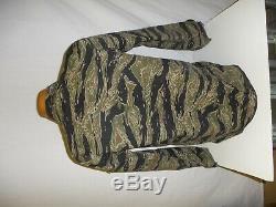 VNT7mb RVN Vietnam Tiger Stripe Camouflage Uniform Set button M 44J 34T W13E