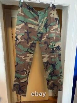 Ensemble D'uniformes Camouflage De L'armée Américaine, Manteau Sz Pantalon Régulier Moyen Sz Large
