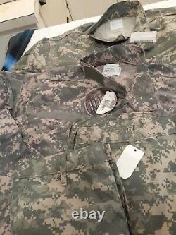 Etats-unis Question Militaire Digital Camouflage Cargo Uniformes De L'armée 2 Nouveaux Ensemble Med Reg Long