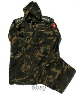 Set D'uniforme De Camouflage De Style Forestier De Style Woodland